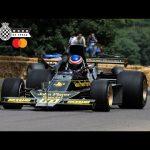 Amazing double-winged JPS Lotus 76 rapid Goodwood run