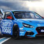 ZELOS JOINS BTCC RANKS AS EXCELR8 MOTORSPORT DEVELOPMENT DRIVER