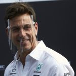 Wolff set to stay with Mercedes